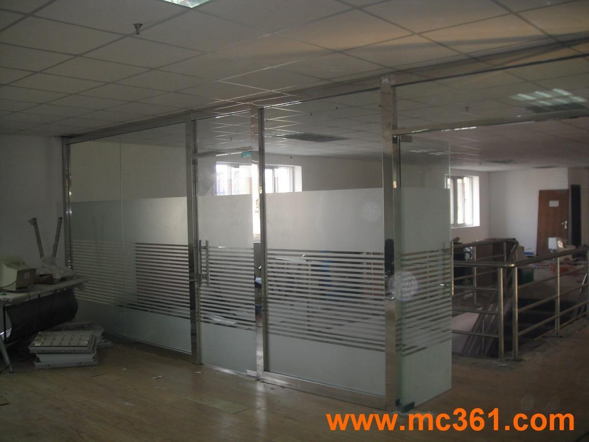 玻璃影视墙效果图大全 玻璃墙装修效果图 玻璃隔断墙效果图
