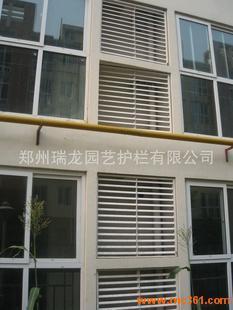 供應pvc空調百葉窗 塑鋼百葉窗圖片 鄭州瑞龍園藝護欄有限公司
