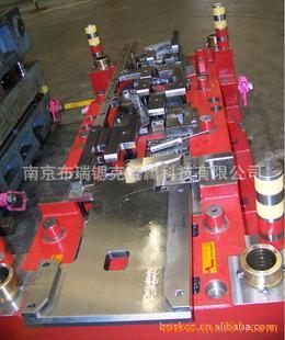 汽车冲压模具 设计 制造 机械手图片 南京布瑞锶克金属科