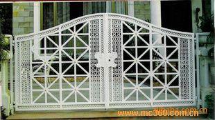 ds-205白色锻方管铁艺门图片-门窗幕墙网